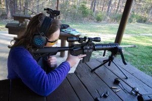 Women shooting MSSA at the range